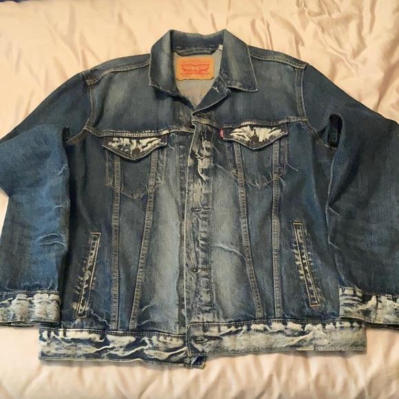 Acid wash Levi's Jean jacket